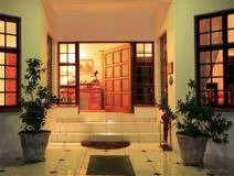 South Africa Hotel Accommodation Cheap | entrance to rivendell b&b