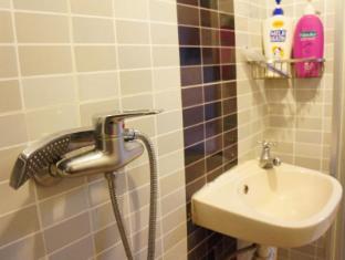 Yue Ka Hotel 52-54 Argyle Street Hongkong - Fürdőszoba