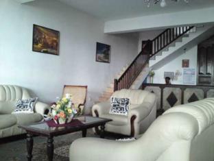 Janmik Holiday Resort Nuwara Eliya - Hotel Sitting Area