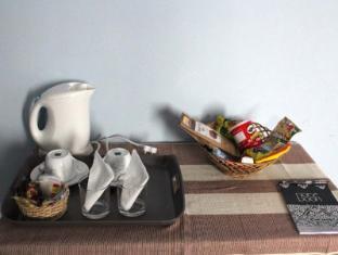 Janmik Holiday Resort Nuwara Eliya - Room Tea Coffee Service