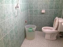 Chansamone Hotel: bathroom
