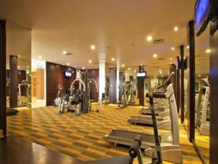 HARRIS Hotel & Conventions Malang Malang - Fitness Room