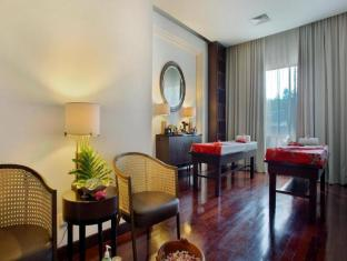 HARRIS Hotel & Conventions Malang Malang - Suite Room