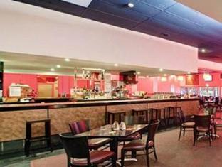 Statesman Hotel Canberra - Statesman Bar