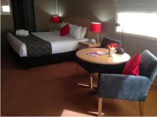 Statesman Hotel Canberra - Guest Room