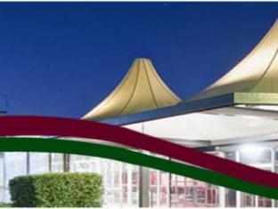 Statesman Hotel Canberra - Entrance