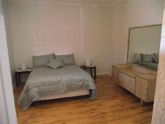 Australia Hotel Booking | Aly's Cottage