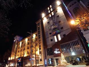 /ca-es/benikea-jazz-around-hotel/hotel/jeonju-si-kr.html?asq=vrkGgIUsL%2bbahMd1T3QaFc8vtOD6pz9C2Mlrix6aGww%3d