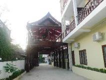 Malany Hotel: exterior