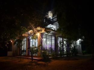 /manel-guest-house/hotel/polonnaruwa-lk.html?asq=jGXBHFvRg5Z51Emf%2fbXG4w%3d%3d