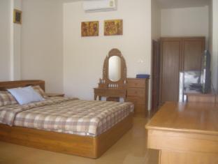 Narnia Resort Pattaya 2 Pattaya - Standard Room