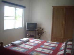Narnia Resort Pattaya 2 Pattaya - Bungalow - Bed Room