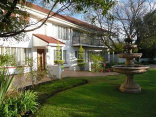 /the-resting-place-guesthouse/hotel/bloemfontein-za.html?asq=jGXBHFvRg5Z51Emf%2fbXG4w%3d%3d