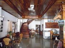 Yuranan Guesthouse: interior