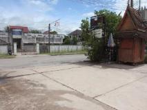 Dokchampa Hotel: exterior