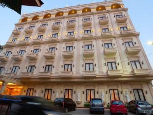 /hotel-grand-town/hotel/makassar-id.html?asq=jGXBHFvRg5Z51Emf%2fbXG4w%3d%3d