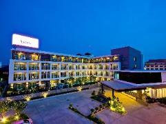 Trio Hotel   Cheap Hotel in Pattaya Thailand
