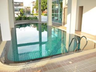 Demeter Residence Suites Bangkok Bangkok - Swimming Pool