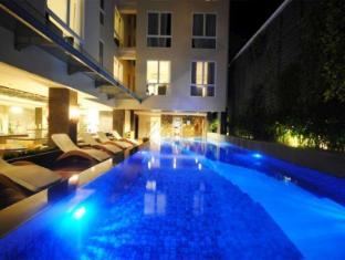 솔라리스 호텔 쿠타