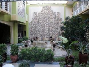 Regency Hotel de Vigan Vigan - Hotel z zewnątrz