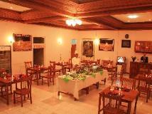 Mrauk Oo Nawarat Hotel: restaurant