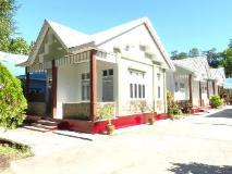 Mrauk Oo Nawarat Hotel: surroundings