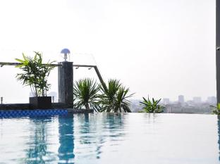 EdenStar Saigon Hotel Ho Chi Minh City - Swimming Pool