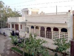 Hotel in India | Girnar Villa