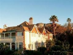 Highlands Country House | Cheap Hotels in Cape Town South Africa