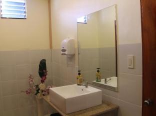 Alona Northland Resort Bohol - Washing Area