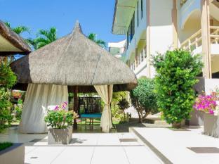 Alona Northland Resort Bohol - Massage Area