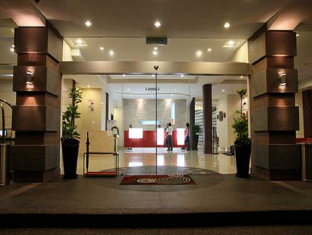 360 Xpress Citycenter Budget Boutique Hotel Kuching - Entrance
