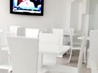 R Suites & Cafe Cebu - Restaurant