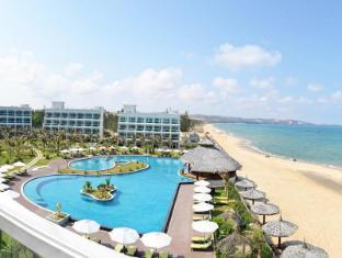 /the-sailing-bay-beach-resort/hotel/phan-thiet-vn.html?asq=vrkGgIUsL%2bbahMd1T3QaFc8vtOD6pz9C2Mlrix6aGww%3d