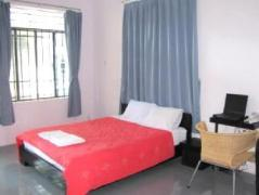 HQ Cafe Hotel Nha Trang | Cheap Hotels in Vietnam