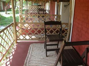 Prince Park Farmhouse Resort Pondicherry - Cottage Sitout