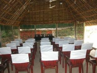 Prince Park Farmhouse Resort Pondicherry - Conference Hall