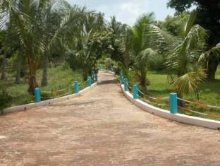 Prince Park Farmhouse Resort Pondicherry - Surroundings