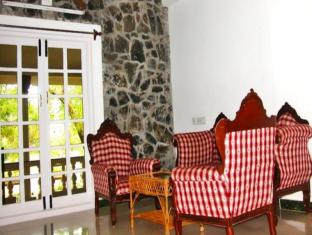 Prince Park Farmhouse Resort Pondicherry - Room Interior