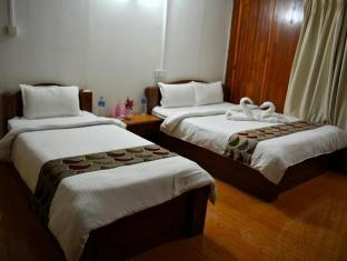 Jungle World Resort Chitwan - Deluxe Room