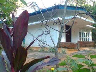 Kandy Tropical Garden House