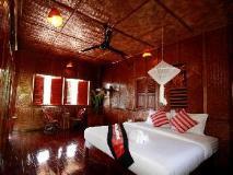 Mekong Riverside Lodge: guest room