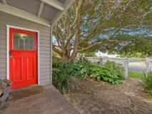 Red Door Holiday House: exterior