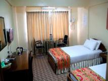 Power Hotel: guest room