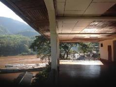 Hotel in Pakbeng | Villa Sarika