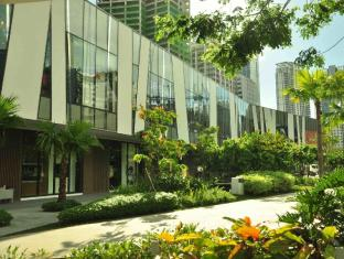 Our Awesome Hostel Manila - Shopping Park- Walking Distance