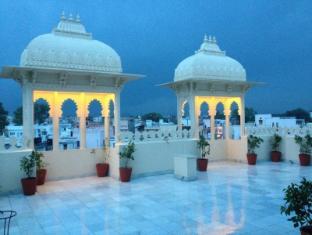 /hotel-boheda-palace/hotel/udaipur-in.html?asq=jGXBHFvRg5Z51Emf%2fbXG4w%3d%3d