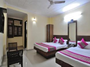 Hotel Gold Inn @ New Delhi Station