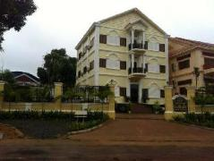 Colonial Lake Palace | Cambodia Hotels