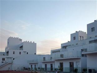 /high-view-gardens-luxury-apartments/hotel/larnaca-cy.html?asq=vrkGgIUsL%2bbahMd1T3QaFc8vtOD6pz9C2Mlrix6aGww%3d